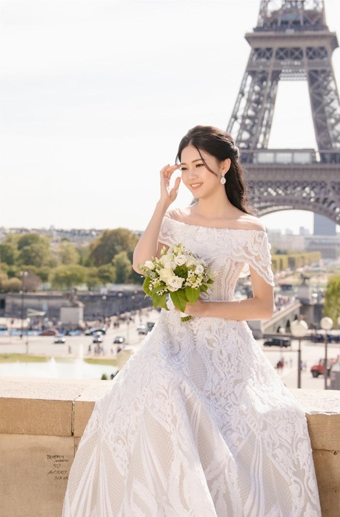Ảnh cưới tại Paris của Á hậu Thanh Tú và đại gia hơn 16 tuổi - ảnh 5