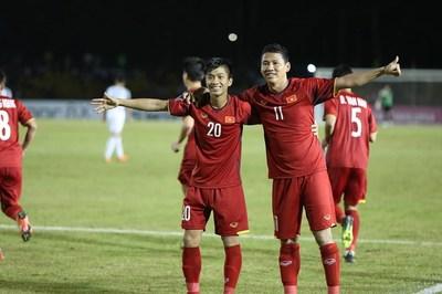 Hạ Philippines, tuyển Việt Nam rộng cửa vào chung kết AFF Cup