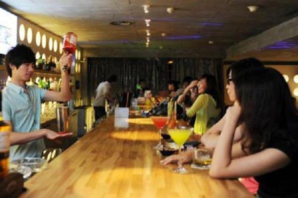 Biến chuồng lợn thành quán bar, tay chơi đút túi 200 triệu/tháng