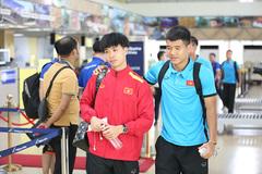 Tuyển Việt Nam tức tốc sang Malaysia đá chung kết AFF Cup