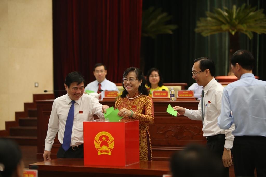 TP.HCM lấy phiếu tín nhiệm 15 cán bộ chủ chốt
