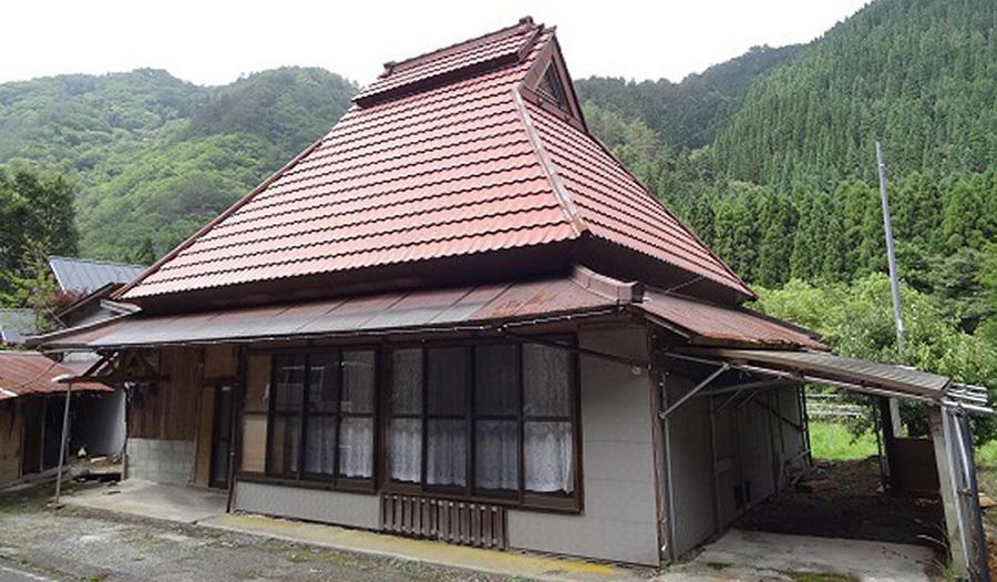 Không có người ở, Nhật Bản tặng nhà miễn phí