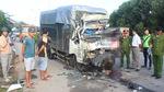 Tông mạnh đuôi xe đầu kéo, tài xế và phụ xe tải chết kẹt