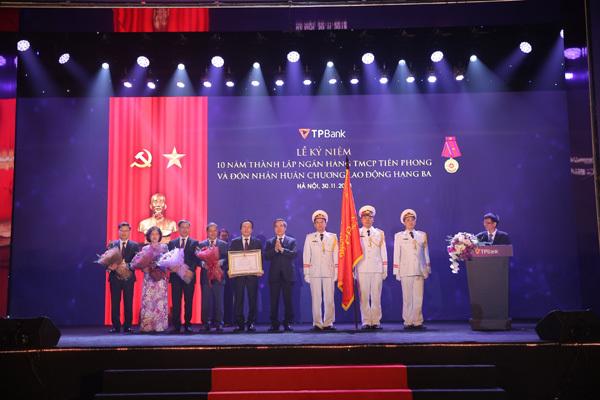 TPBank nhận Huân chương lao động hạng Ba