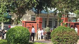 Nổ súng ở UBND phường, 1 người chết: Nghi phạm khống chế nhiều người