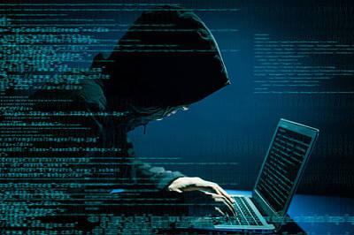 Hack 50.000 máy in để kêu gọi... đăng ký kênh video