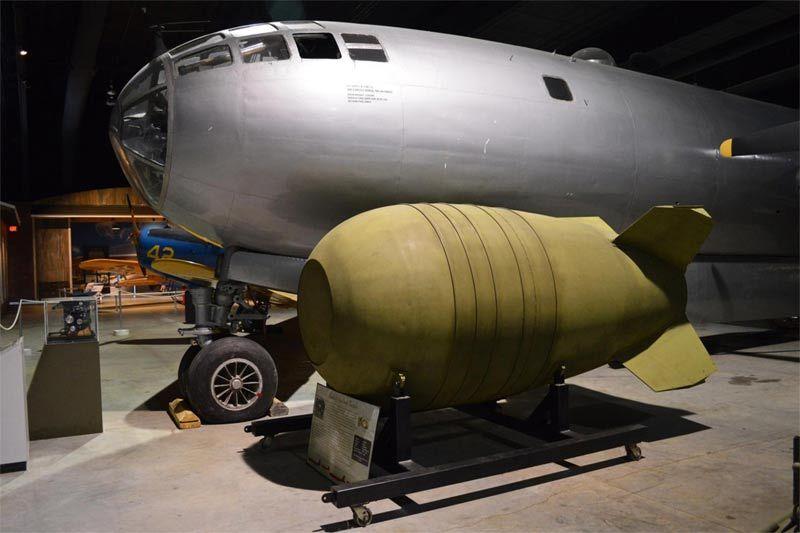 Kế hoạch bất thành rải thảm 50 quả bom hạt nhân xuống Trung Quốc