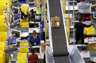 Nhà xưởng của Amazon bị tố khắc nghiệt, ảnh hưởng đến mạng người