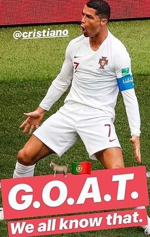 Ronaldo và Messi làm gì khi Modric nhận Quả bóng vàng?
