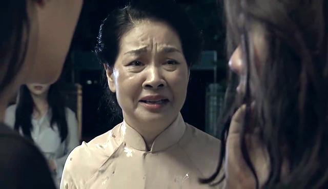 Cuộc sống ngoài đời trái ngược của người đàn bà đau khổ nhất màn ảnh