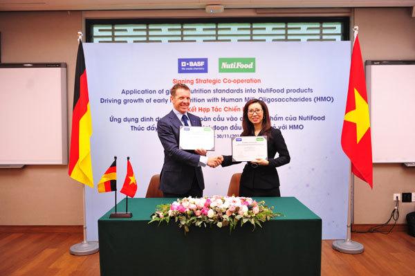 NutiFood 'bắt tay' BASF nâng cao chuẩn dinh dưỡng trẻ em