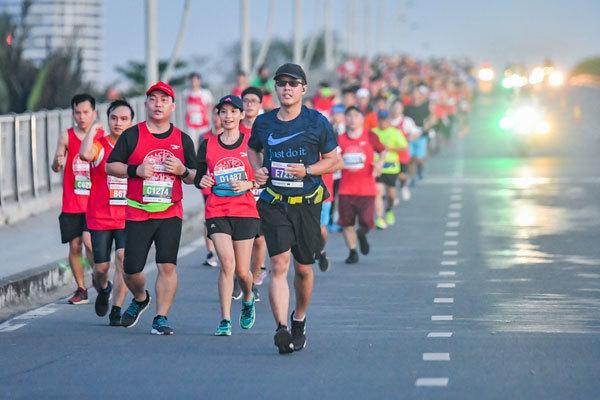 Hơn 8.500 VĐV tham gia giải Marathon Quốc Tế TP.HCM Techcombank 2018