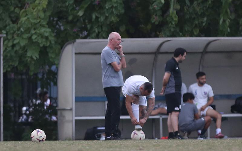 HLV Eriksson bí hiểm, ủ mưu chờ tái đấu Việt Nam ở Mỹ Đình