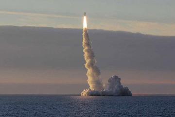 Xem tàu ngầm hạt nhân Nga phóng tên lửa có cánh