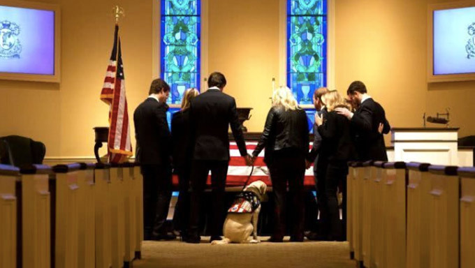 George H.W. Bush,tổng thống Mỹ,quốc tang,chó cần vụ