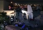 Máy bay lao thẳng xuống nhà dân, ít nhất 4 người chết
