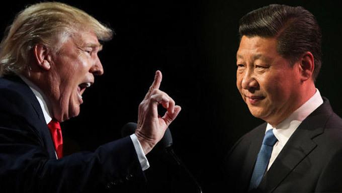 'Cánh tay phải' kín tiếng giúp ông Trump đối phó TQ