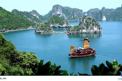 Đến Quảng Ninh để 'du lịch thông minh'