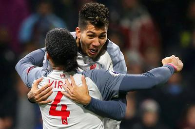 Liverpool xuất sắc ngược dòng hạ Burnley