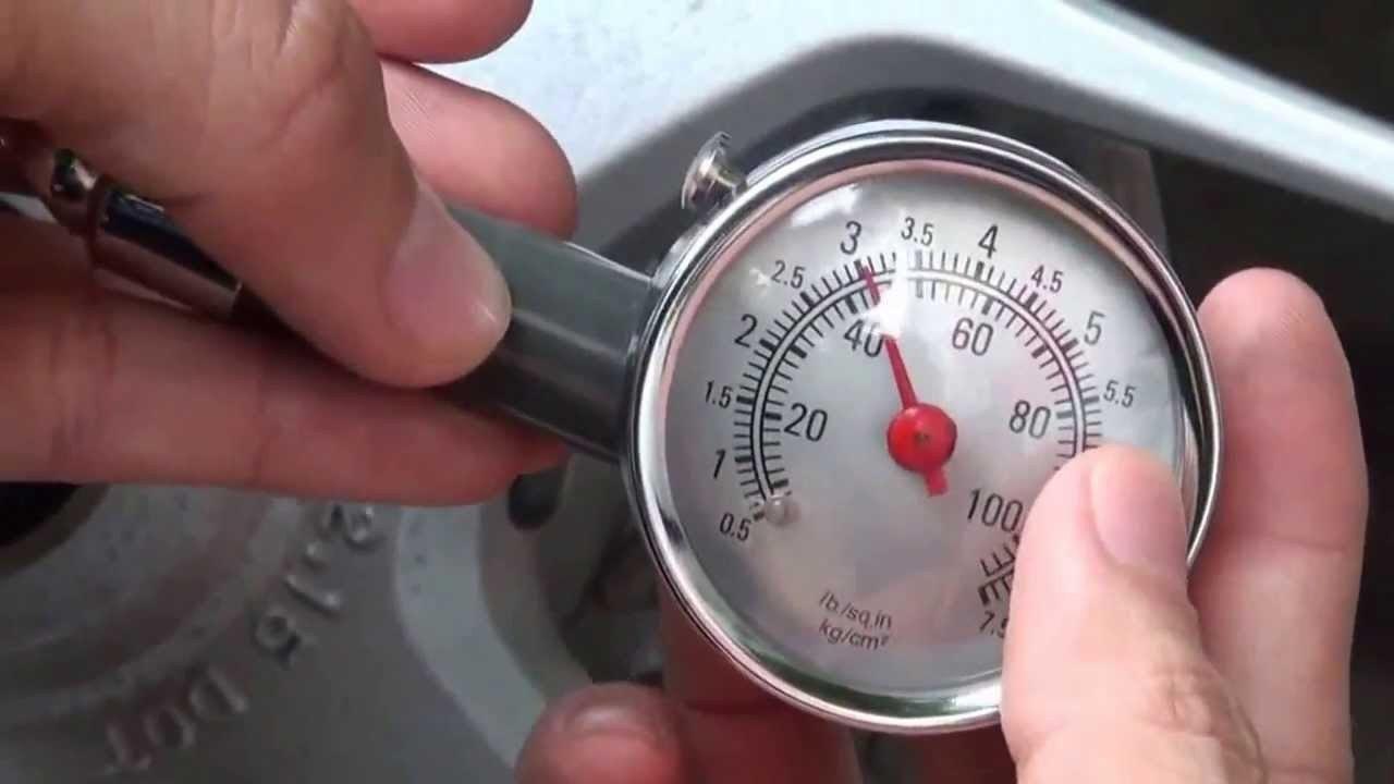 Áp suất được ghi trên bệ cửa là áp suất mà nhà sản xuất khuyến ngh