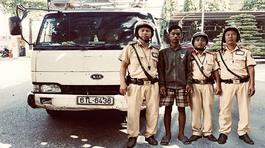 CSGT 'bắt nóng' thanh niên 9x trộm xe tải