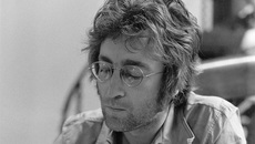 Ngày này năm xưa: Cái chết oan uổng của thủ lĩnh The Beatles