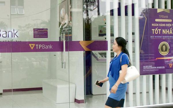 Gửi tiết kiệm cực dễ với ngân hàng tự động