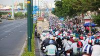 Người đi ô tô và xe máy: Tâm sự những điều đáng 'ghét' về nhau