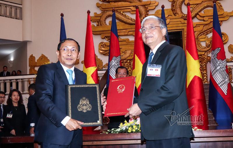 Việt Nam – Campuchia tin tưởng kim ngạch thương mại sớm đạt 5 tỷ USD