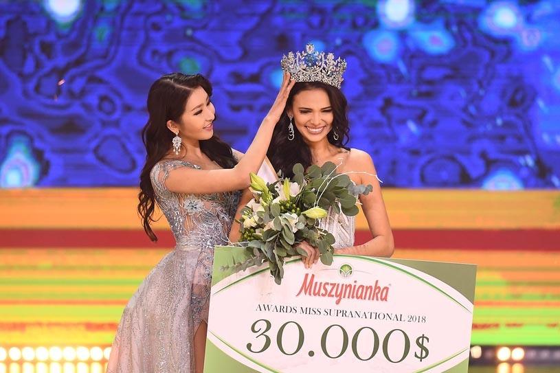 Vẻ nóng bỏng của người đẹp vừa đăng quang Miss Supranational 2018