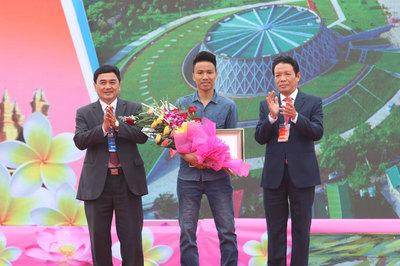 Ngày hội Thắm tình hữu nghị đặc biệt Việt Nam - Lào