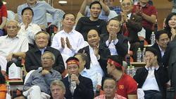 Thủ tướng: Biển cờ sôi động đang hướng về đội tuyển thân yêu
