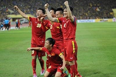 Xem lại chiến thắng của Việt Nam trên sân Malaysia ở AFF Cup 2014