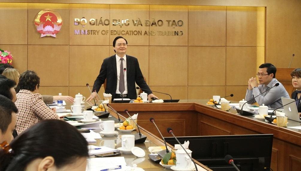 Bộ trưởng Giáo dục: 'Cần khơi dậy môi trường mọi người thích nói tiếng Anh'