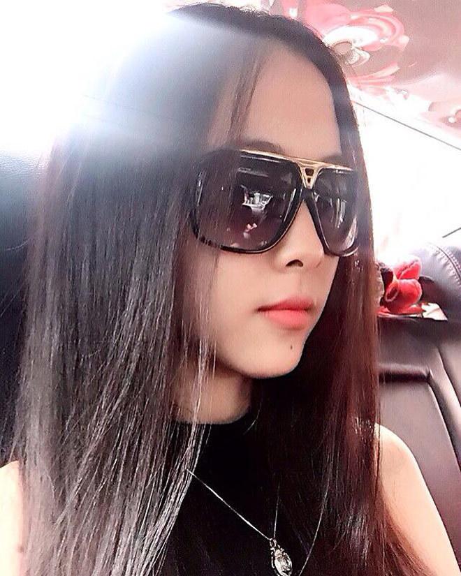 Cầu thủ Minh Vương,Bạn gái cầu thủ,Tình yêu giới tính
