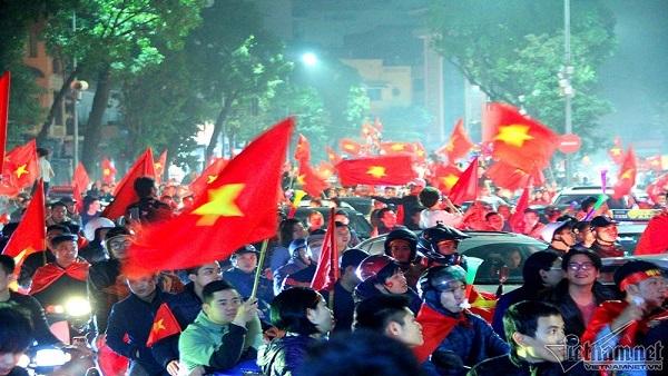 giải phóng sức dân,Đổi mới,giải phóng sức Nhà nước,sở hữu toàn dân,Vì Việt Nam hùng cường