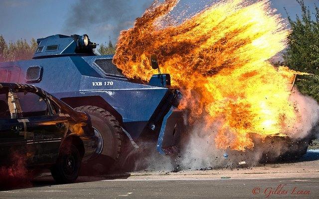 Bí ẩn xe bọc thép Pháp dùng đối phó biểu tình