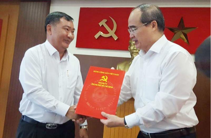 Ông Trần Văn Thuận giữ chức bí thư Quận ủy quận 2