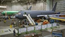 Máy bay tiếp dầu Nhật vừa mua có gì đặc biệt?