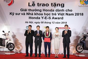 Honda trao giải thưởng cho kỹ sư và nhà khoa học trẻ