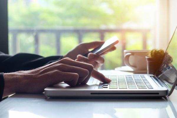 Doanh nghiệp ngày càng chuộng ngân hàng điện tử