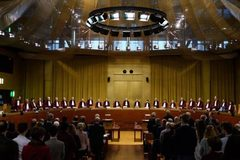 Tòa án EU phán quyết sốc về Brexit