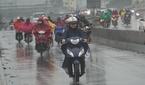 Hết mùa mưa, Sài Gòn vẫn giông sét mưa mù trời