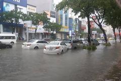 'Mổ xẻ' việc ngập lụt kinh hoàng Đà Nẵng 'thất thủ' trong biển nước