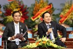 """Sinh viên Việt Nam """"hỏi khó"""" lãnh đạo bộ, ngành"""