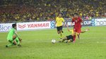 Việt Nam 2-2 Malaysia: Công Phượng vào sân (hiệp 2)