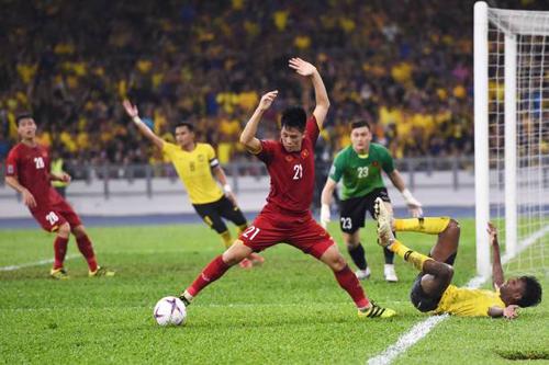 Trần Đình Trọng: Tuyển Việt Nam phải chơi tập trung ở Mỹ Đình