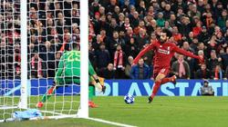 Salah lập đại công, Liverpool hạ Napoli đoạt vé đi tiếp