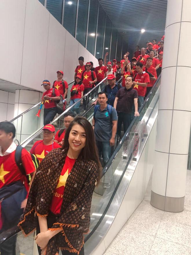 Á hậu Lệ Hằng bị chặn vào xem trận chung kết AFF Cup tại Malaysia