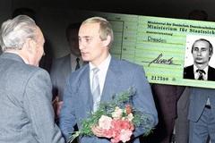 Bí ẩn quanh chiếc thẻ 'cảnh sát ngầm Đông Đức' của Putin